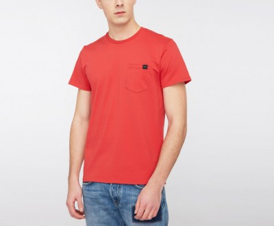 l-appartamento-rimini-edwin-t-shirt-pocket-taschino-washed-red-rosso