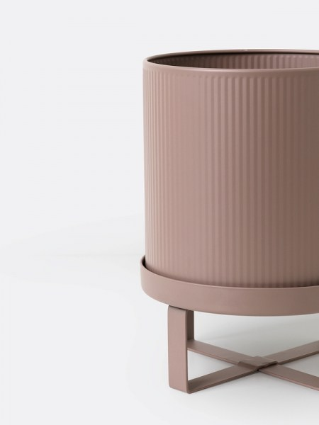 l-appartamento-rimini-ferm-living-bau-pot-light-rose-rosa-vase-plant-stand-holder-danish-design