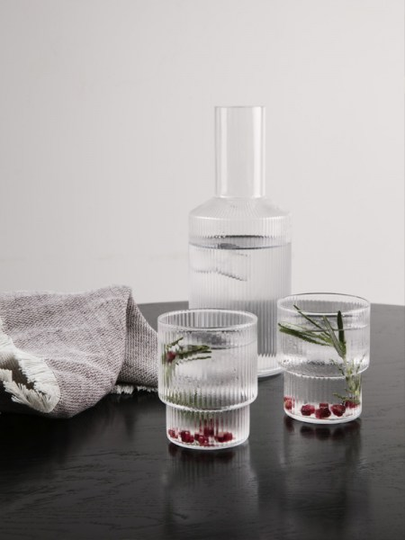 l-appartamento-rimini-ferm-living-carafe-ripple-glass-caraffa-vetro-kitchen-danish-design-1