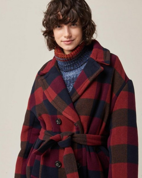 l-appartamento-rimini-sessun-kathyka-coat-checks-red-tartan-cappotto-oversize-3
