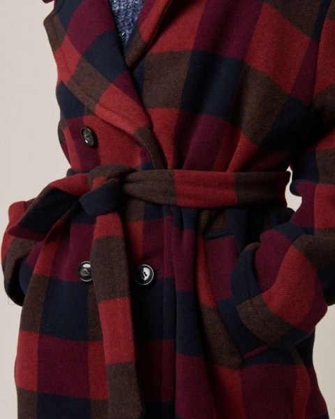 l-appartamento-rimini-sessun-kathyka-coat-checks-red-tartan-cappotto-oversize-4