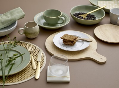 l-appartamento-rimini-shop-piatto-green-spring-verde-acqua-stoneware-gold-oro-bloomingville-design-2