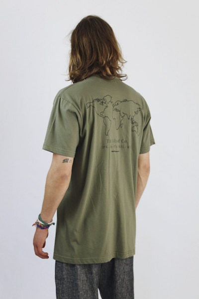 l-appartamento-rimini-the-silted-company-sand-world-surf-t-shirt-green-militare-verde-mondo-3